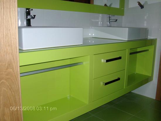 Salle de bain for Accessoire de salle de bain vert